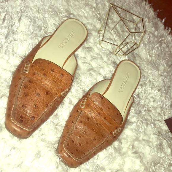 AEROSOLES Shoes - ✨NWOT - Aerosoles Camel Mules✨